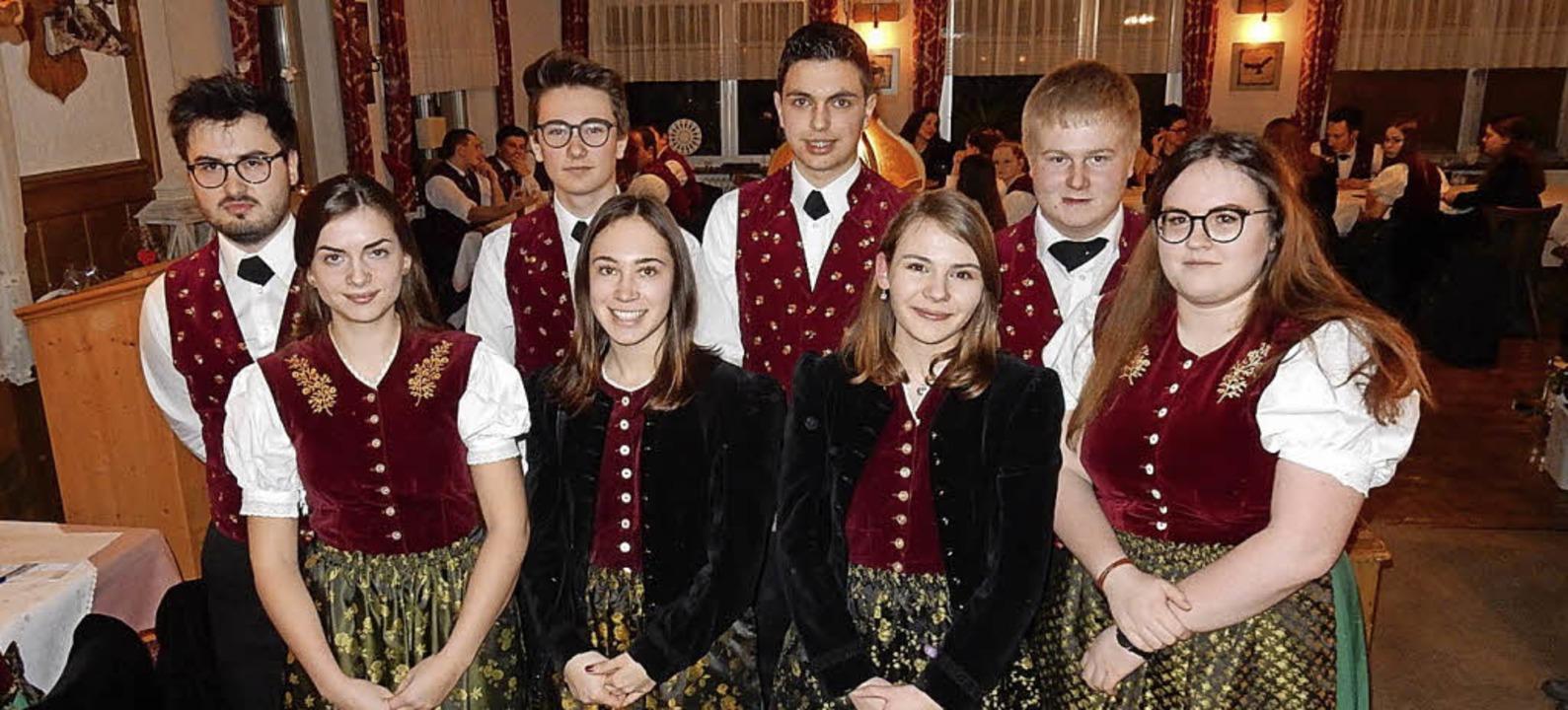 Der teilweise neu formierte Vorstand m...orsitzenden Sophia Dufner (von links).  | Foto: Kurt Meier