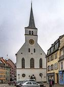 Kirche mit schiefem Turm wird saniert