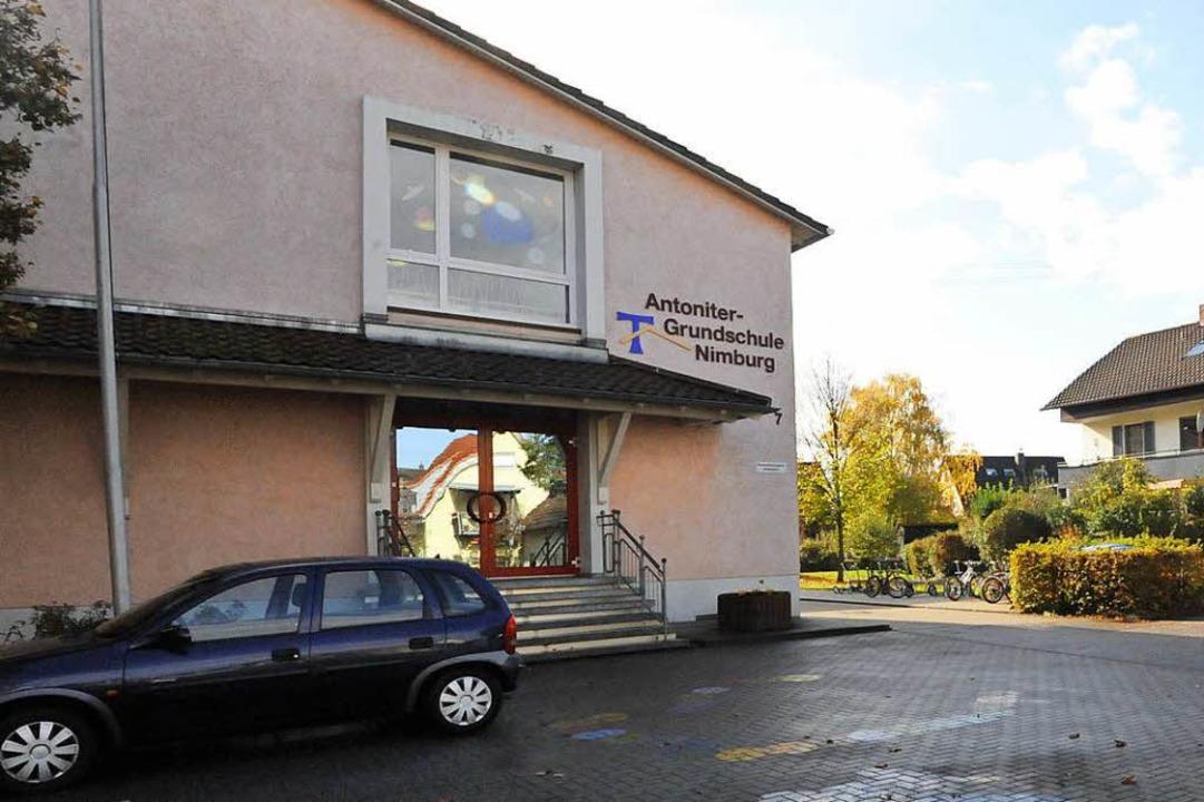Der Vorfall in der Nimburger Grundschu...e Ermittlungen dauern derweil noch an.  | Foto: Markus Zimmermann