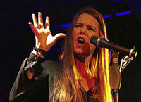 Rebekka Bakken singt im Burghof