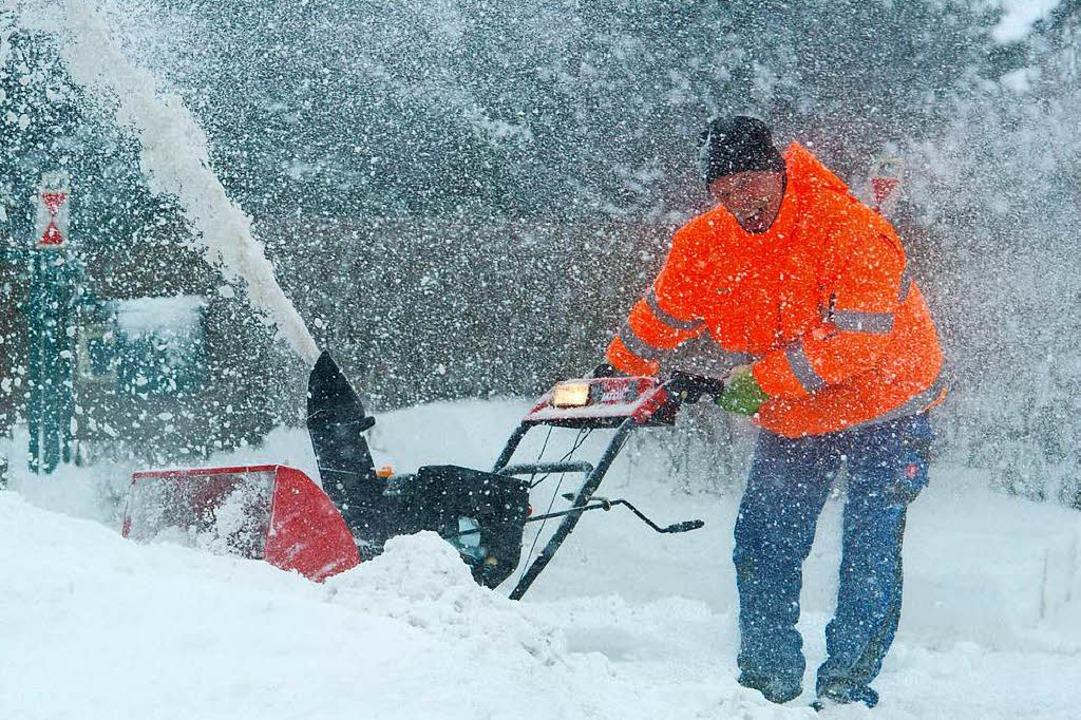 Unbekannte Diebe klauten in Görwihl eine Schneefräse (Symbolbild).    Foto: dpa