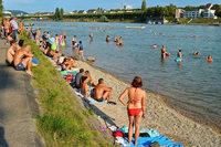 Das Basler Rheinufer bekommt mehr Strände