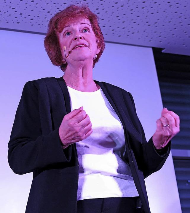 Zwischen Witz und bitterem Ernst: Josefine Gartner   | Foto: Beatrice Ehrlich