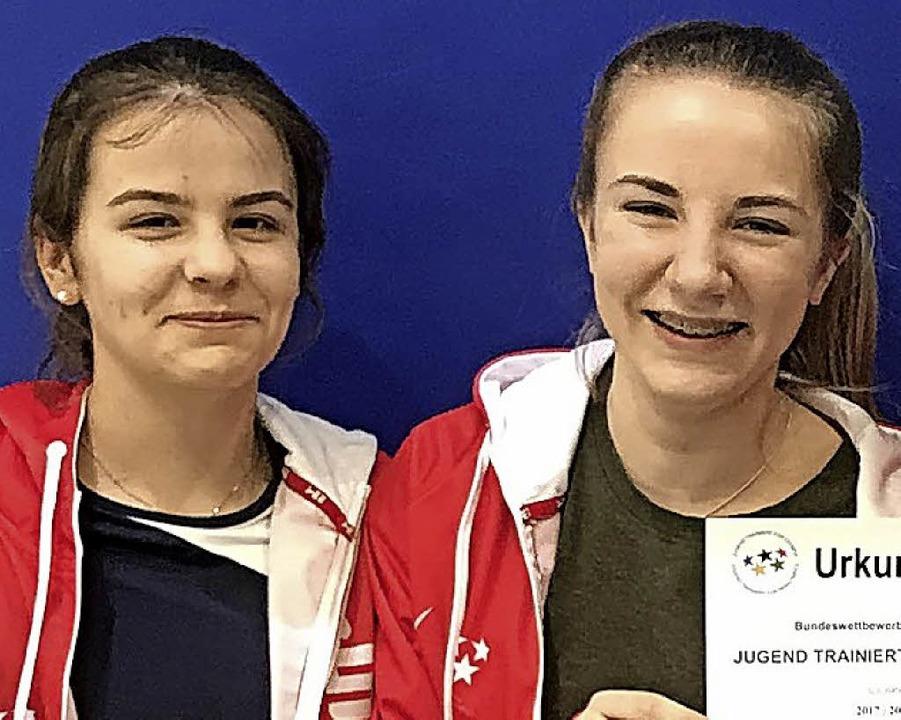 Annabel Sigmund (links), Emily Otte  | Foto: zvg