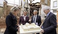 Mit dem ersten Abriss beginnt der Neubau des Freiburger Justizzentrums am Holzmarkt