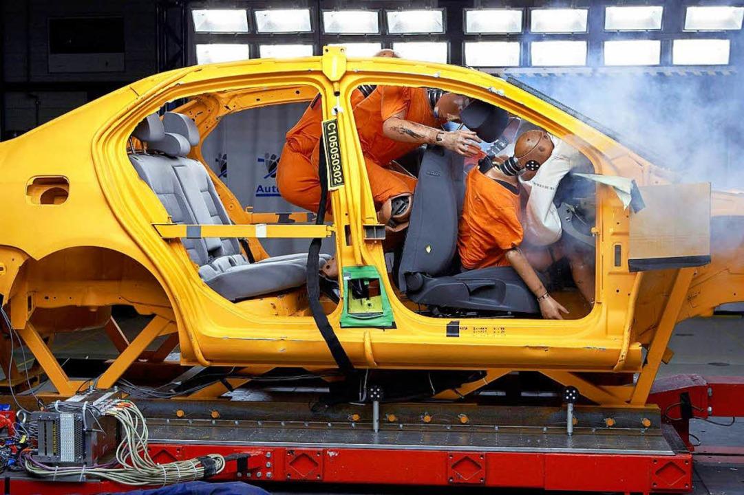 Auch Airbags funktionieren nur im Zusa...l mit dem Sicherheitsgurt. Symbolbild.  | Foto: Dekra