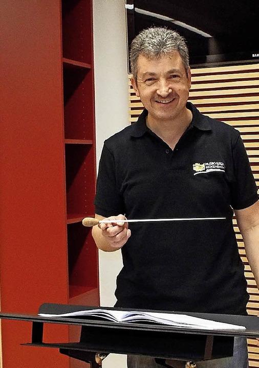 Stefan Wagner will sich als Dirigent a...ng gegenüber seinem Orchester stellen.    Foto: Archivfoto: Wolfgang Adam