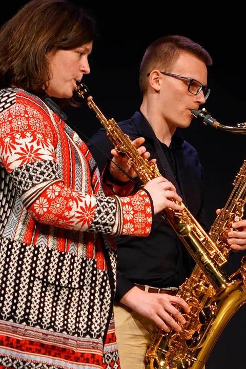 Auch das Saxophonensemble gestaltete die Verabschiedung von Norbert Dietrich mit  | Foto: Roswitha Frey