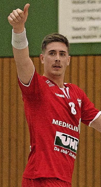 Tim Heuberger, hier noch guter Dinge, ...am Knie verletzt und fällt lange aus.     Foto:  Alexandra  Buss