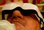 Fotos: In der Becker-Klinik kann man Videos schauen, während man operiert wird