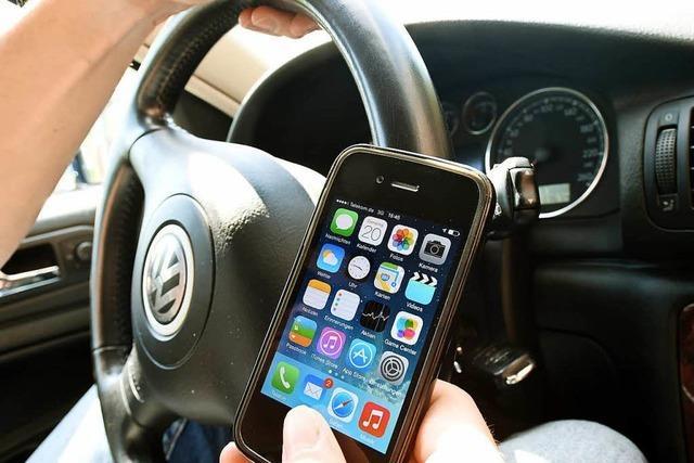 Sind Smartphones eine Ursache für den Unfall-Rekord in Südbaden?