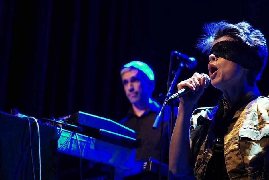 Polit-Punk von Pussy Riot gab es am Samstagabend im E-Werk. (Foto: Simon Langemann)