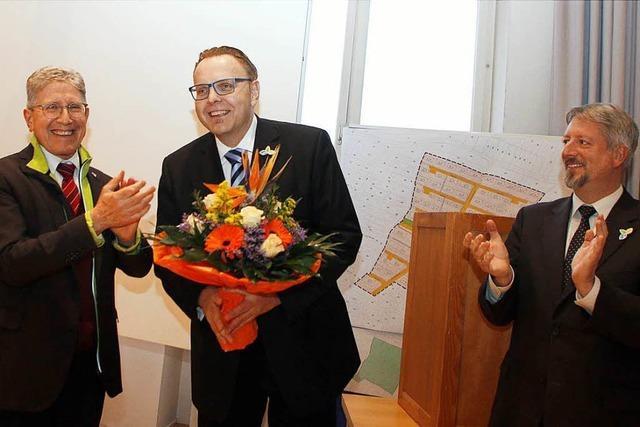 Lahrs Bürgermeister Schöneboom einstimmig wiedergewählt
