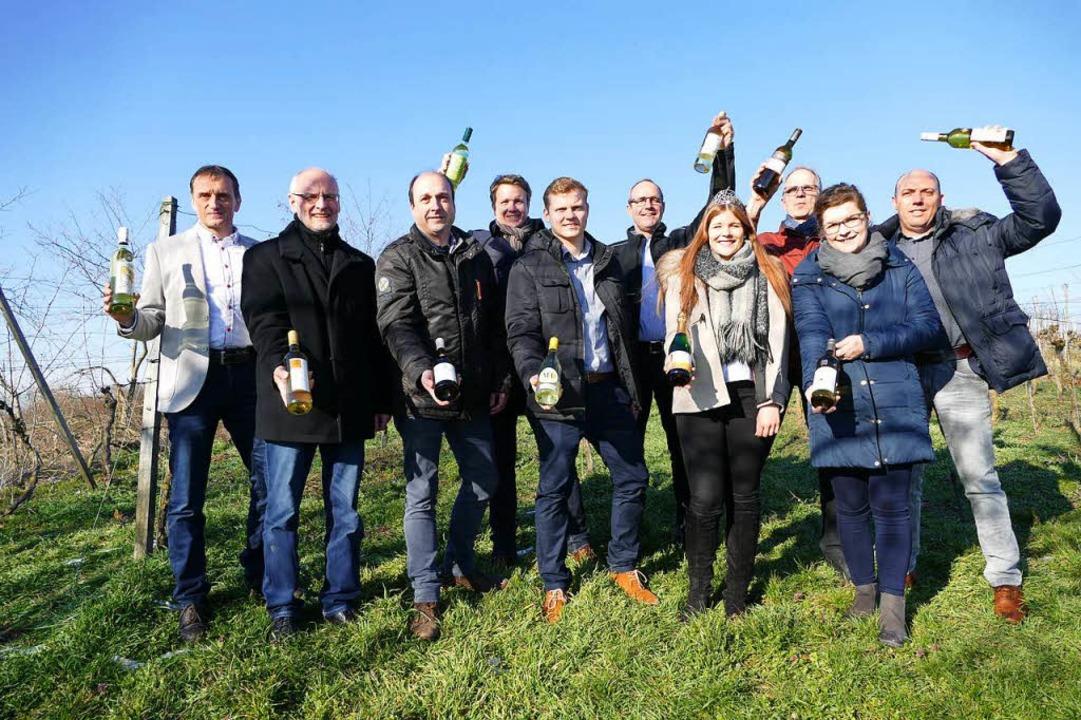 Vertreter von Kaiserstühler Winzergeno...ihre neuen Frühlings- und Sommerweine.  | Foto: Gerold Zink