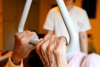 Versuchter Mord: Altenpflegerin wollte Seniorin ersticken
