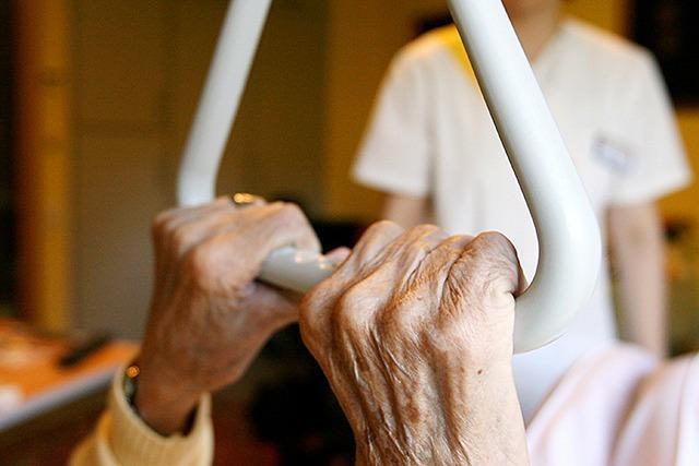 Versuchter Mord: Altenpflegerin wollte Seniorin im Schlaf töten