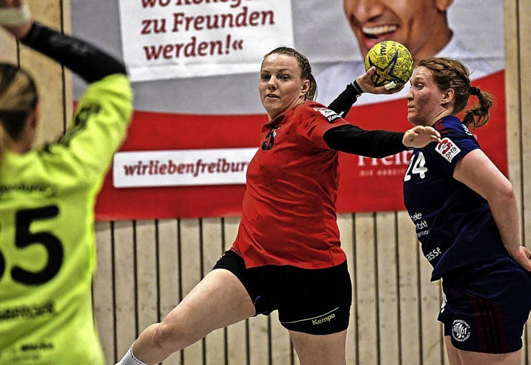 Nadine Makelko übernahm für die HSG  Verantwortung.   | Foto: Seeger