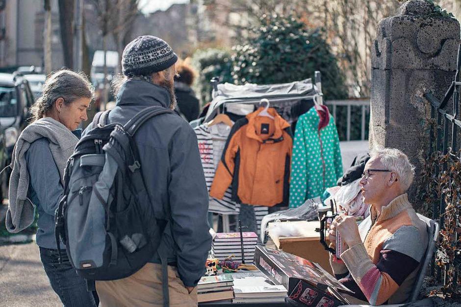 Der Straßenflohmarkt in der Wiehre (Foto: Fabio Smitka)
