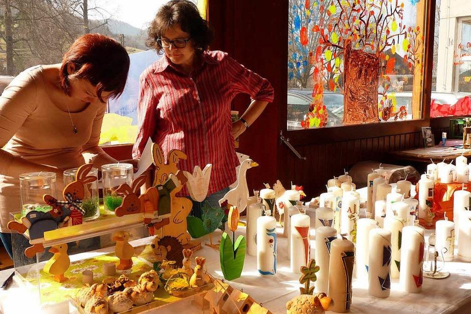 Osterkerzen dürfen auf dem Ostermarkt nicht fehlen. (Foto: Roland Gutjahr)