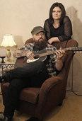 Ive & T. Bo spielen in Lörrach Blues, Country und Folk