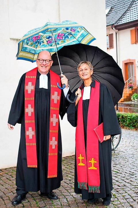 Pfarrer Jochen Eber beendete die Vakan...irk von Dekanin Bärbel Schäfer offen.   | Foto: Anja Bertsch