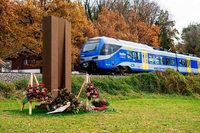 Textroboter formuliert pietätlose Facebook-Anzeige für Deutsche Bahn