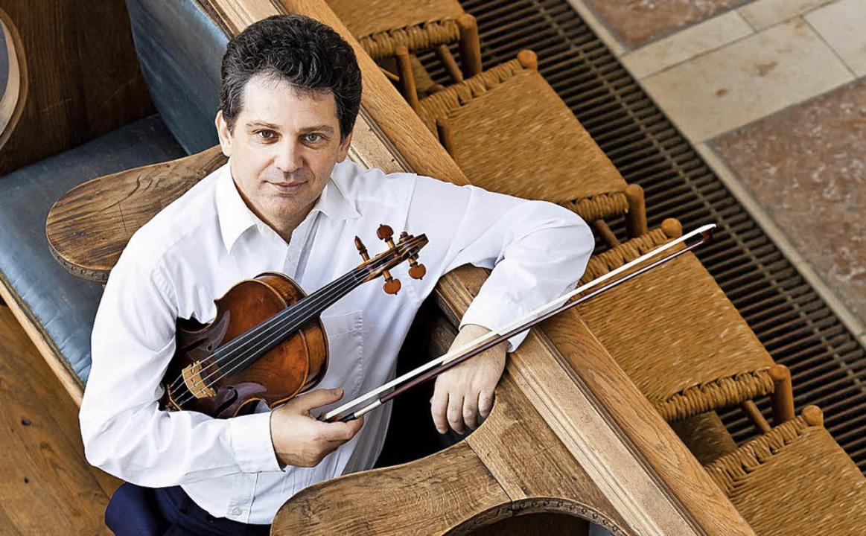Der Violist Semjon Kalinowski spielt z...ich für Synagogen geschrieben wurde.    | Foto: Hannelore Zapf