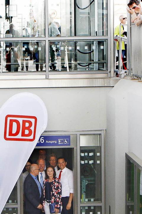 Jungfernfahrt zur Bahnunterführung  | Foto: Heidi Foessel