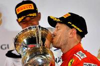 Vettel gewinnt trotz Reifenproblemen auch zweites Saisonrennen