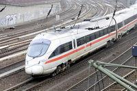 Unbekannter wirft Stein gegen ICE-Frontscheibe – Zug fährt weiter