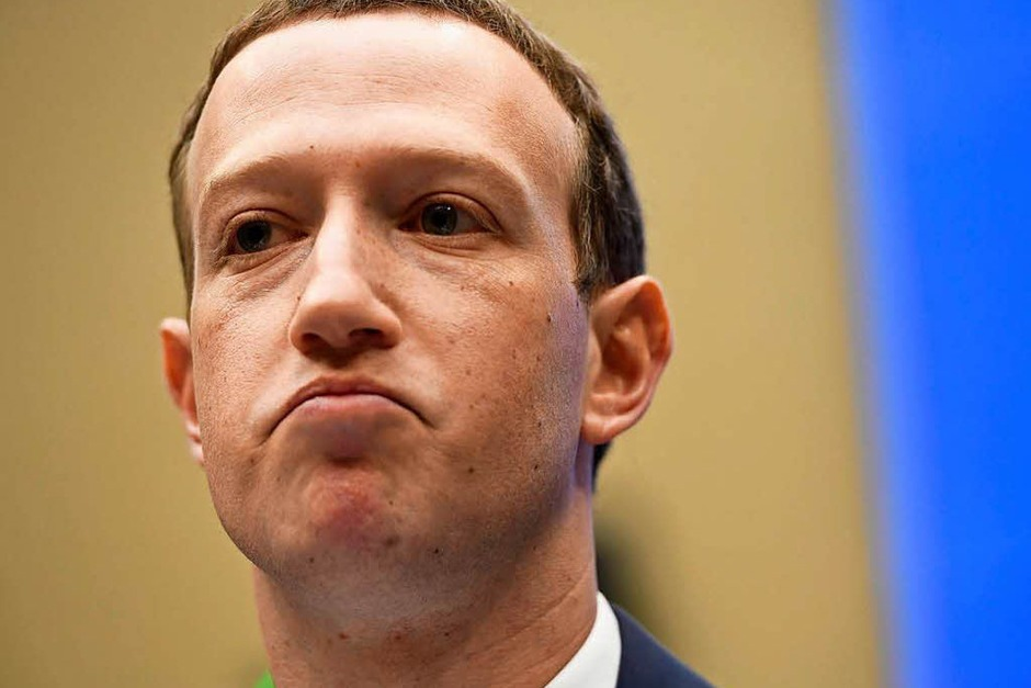 Mark Zuckerberg muss sich vor dem US-Kongress erklären – und wird von manchen Senatoren in die Zange genommen. (Foto: AFP)