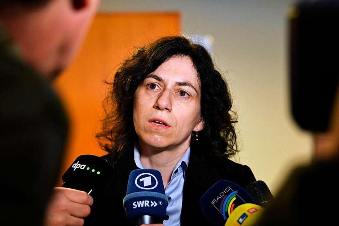 Anwältin Katja Ravat tritt als Nebenklägerin für das Opfer im Prozess auf.  | Foto: dpa