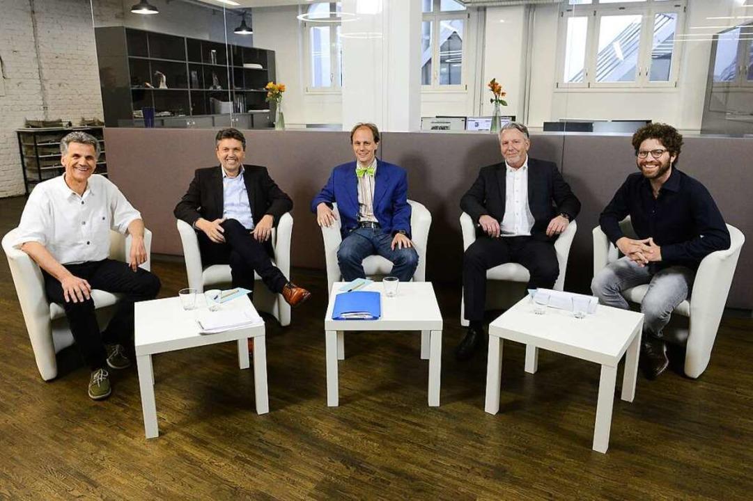 Wahltalk mit Quizduell: Uwe Mauch, Lei...- Redakteur Fabian Vögtle (von links).  | Foto: Ingo Schneider