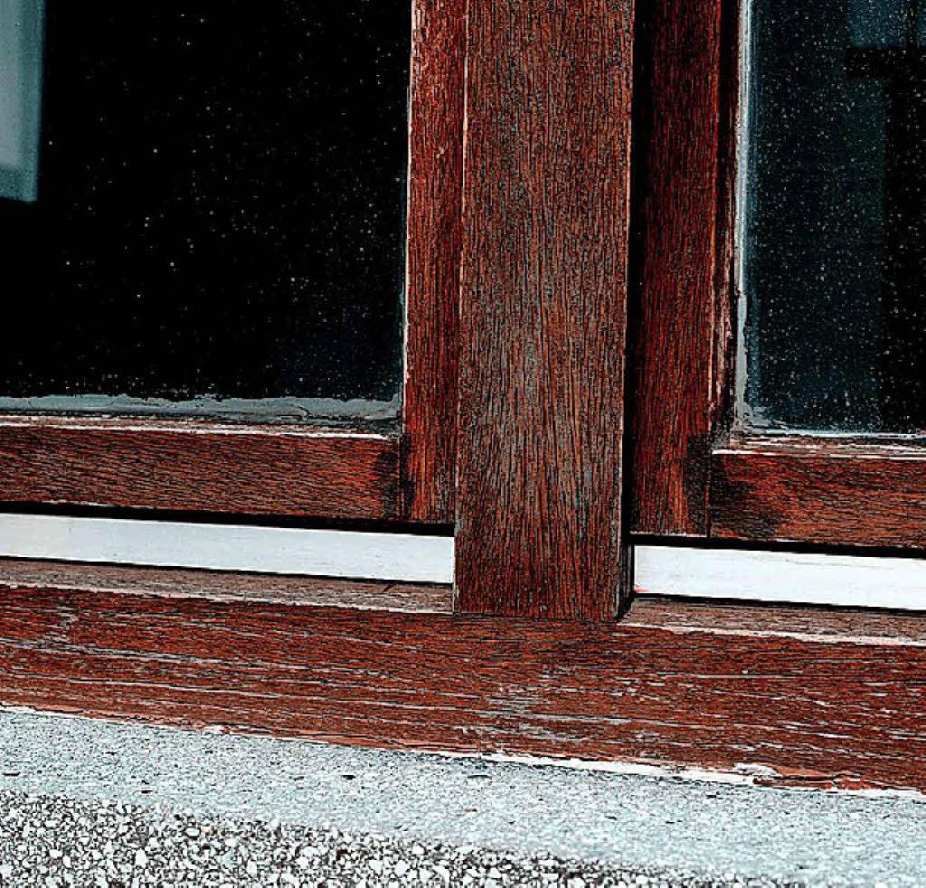 holzfenster nie mehr streichen anzeige badische zeitung. Black Bedroom Furniture Sets. Home Design Ideas