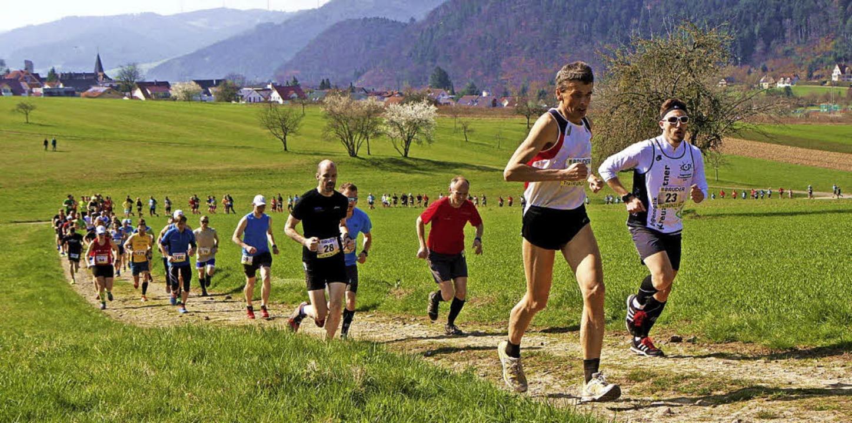 In Zell am Harmersbach nehmen am Woche...läufer wieder die Beine in den Hand.    | Foto: Winfried Stinn