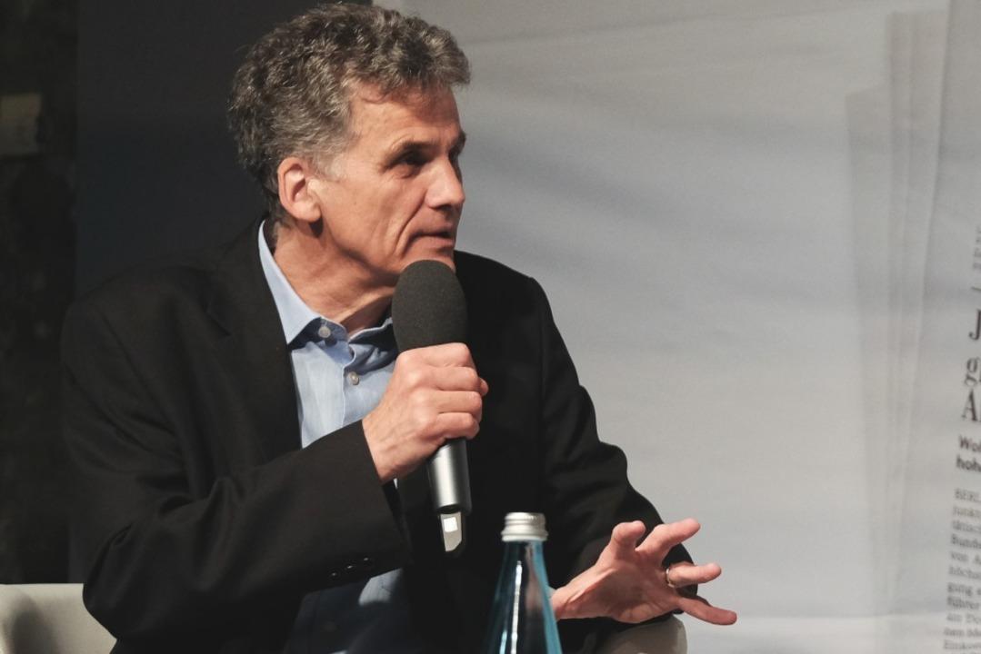 Kritische Fragen stellte auch Uwe Mauch, Leiter der BZ-Stadtredaktion.  | Foto: Miroslav Dakov