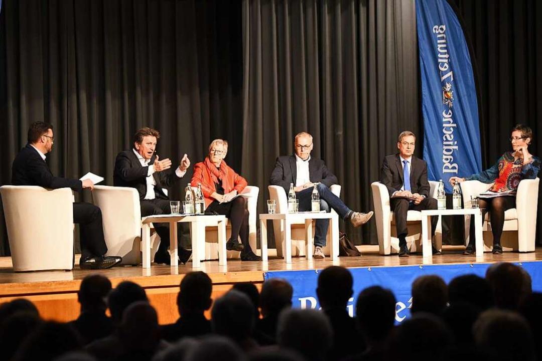 Das Podium: Holger Knöferl, Manfred Lu...urth und Sylvia Sredniawa (von links).  | Foto: Jonas Hirt