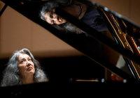 Martha Argerich (Klavier) und die Kremerata Baltica spielten in Freiburg