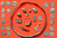 Archäologen finden auf Rügen einen Silberschatz aus der Wikingerzeit