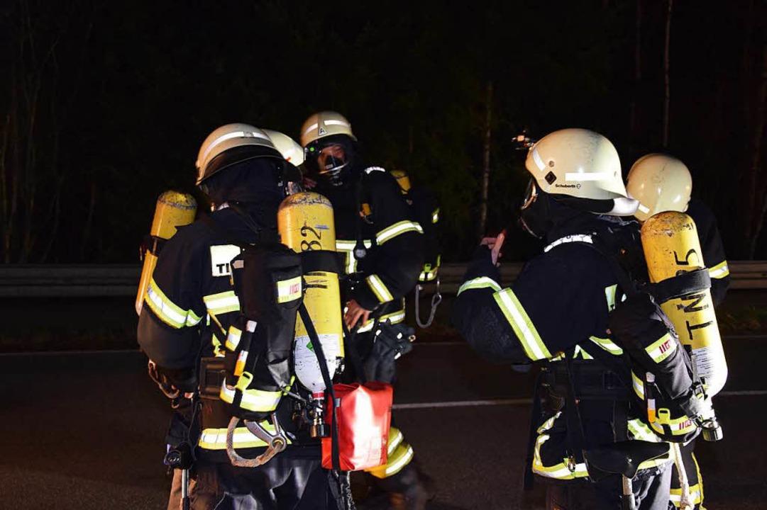 Nach derzeitigem Stand können insgesamt sechs Personen wegen der Brandschäden...  | Foto: kamera24