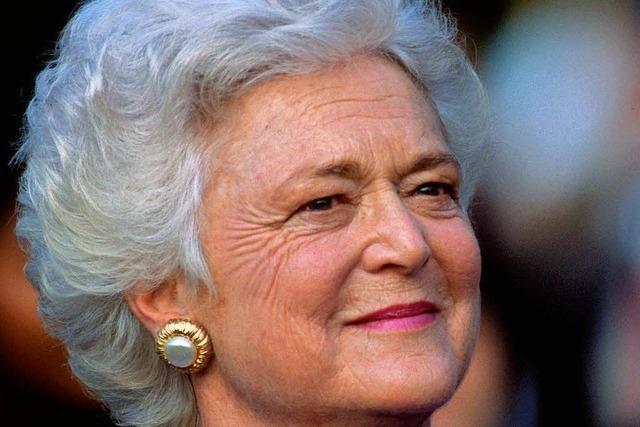 Stille Matriarchin und gutmütige Oma der Nation