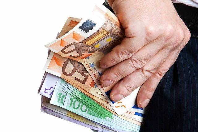 Südbaden: Falsche Polizisten erbeuten Geld, Uhren und Gemälde
