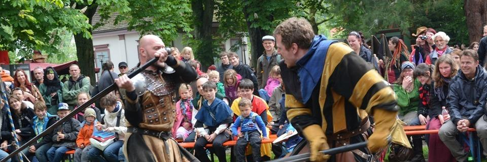 Das Säckinger Mittelalter-Fest lässt das Zeitalter der Ritter und Burgen aufblühen