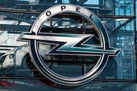 """""""Opel laufen die Leute weg"""""""