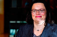 Nahles erste Frau an der SPD-Spitze: nur 66 Prozent Zustimmung
