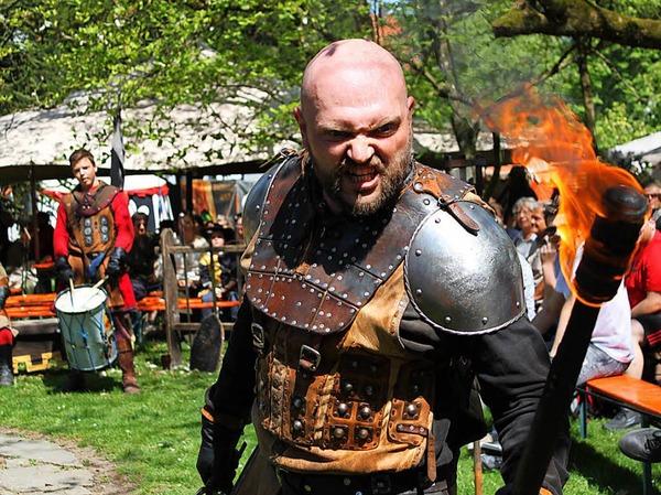 Gaukler, Ritter und Edelfrauen haben mittelalterliches Flair nach Bad Säckingen gebracht. <?ZP?>