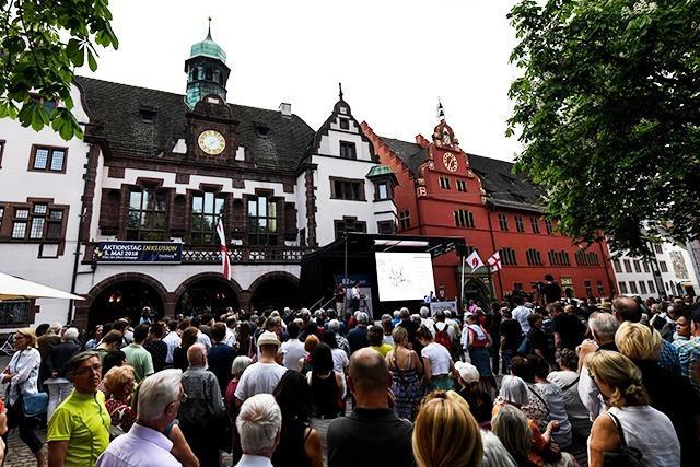 Fotos: Der Wahlabend auf dem Rathausplatz