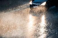 Warnung vor starken Gewittern mit Sturmböen und Platzregen im Südwesten