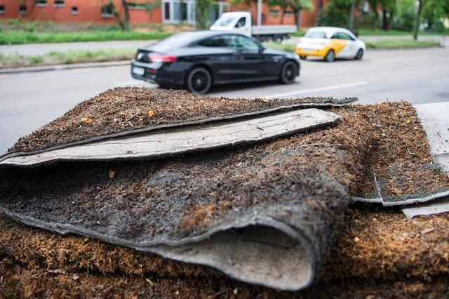 Erste Mooswand gegen Feinstaub in Stuttgart vorerst abgebaut