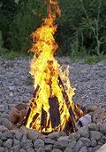 Fahrlässig Hütte in Brand gesetzt